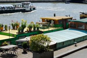 Houseboats on La Seine